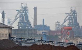 世界を揺るがす中国鉄鋼メーカーの高炉(江蘇省の江陰華西鋼鉄)