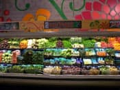 ホールフーズの青果売り場