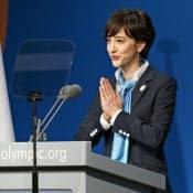 IOC総会で、東京のプレゼンテーションをするニュースキャスターの滝川クリステルさん=7日、ブエノスアイレス(共同)