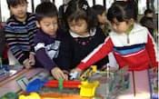 中国で一人っ子政策の見直しが焦点になっている(上海の幼稚園)