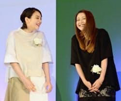 東京ドラマアウォードで「あまちゃん」が連続ドラマ部門グランプリに選ばれ、笑顔の能年玲奈さん(左)と小泉今日子さん(22日、東京都港区)=共同