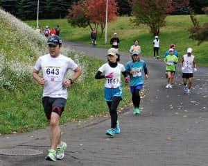 フルマラソンに向けた調整としてハーフのレースを走るのも一つの方法(第34回北海道ロードレース)