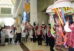 仙台の小売り各社が楽天優勝祝賀セールをスタート(4日、仙台市青葉区の藤崎本店)=共同