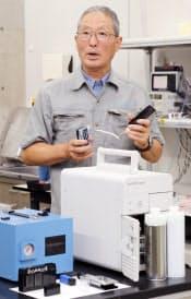 燃料電池を開発するアクアフェアリーの相沢社長(京都市西京区)