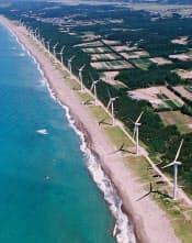 日本の面積1ヘクタールあたり再生エネ資源量はドイツの9倍もあるという(写真はイメージ、秋田県三種町)