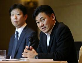 不当表示問題で会見する三木谷浩史社長(11月11日)