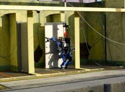 災害救援ロボ競技会で東大発ロボットベンチャーのSCHAFTが1日目終了時点で首位(20日、フロリダ州)
