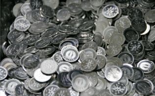 消費税率引き上げに備え、造幣局広島支局で製造を再開した一円玉