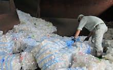 海外流出が増える使用済みペットボトル(関東の再生工場)