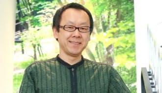 星野佳路(ほしの・よしはる)1960年4月、長野県軽井沢町生まれ。30代で家業の温泉旅館を継承すると、経営難に陥ったリゾートホテルやスキー場の再生に手腕を発揮し「リゾート再生請負人」の異名を持つ。インドネシア・バリ島にも進出し、グローバル規模で32の高級旅館やリゾート施設を展開している。中学から大学までアイスホッケーに明け暮れた筋金入りの体育会系。趣味は自然の山を滑るバックカントリースキー。