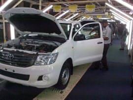 トヨタ自動車の新興国向け戦略車種IMVのピックアップトラック「ハイラックス」。南ア・ダーバン工場で生産する