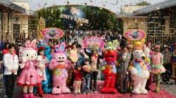 2013年度の入場者数が1000万人を突破し、記念セレモニーが行われたユニバーサル・スタジオ・ジャパン(19日、大阪市此花区)