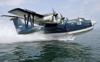 日本政府がインドへの輸出を目指している水陸両用の海上自衛隊救難飛行艇US2(海上自衛隊提供共同)