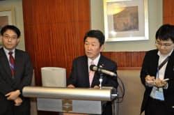 中国と閣僚会談を開いたことを明らかにした茂木敏充経済産業相(17日、中国・青島)