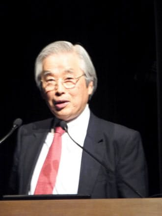 基調講演で話す産技総研の飯島研究センター長