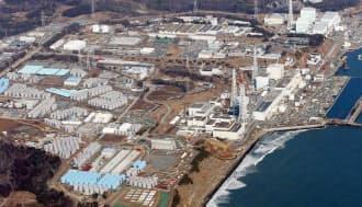 汚染水対策が行われる福島第1原発(3月)
