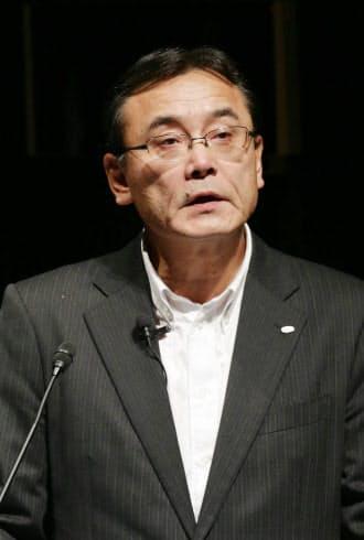 講演する富士通の山本社長(9日午後、東京・大手町)