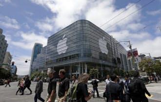 米アップルが米サンフランシスコで開催した開発者会議の会場=AP