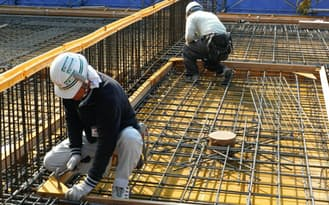 建設技能労働者の不足が深刻化している