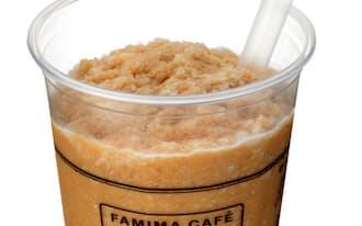 ファミリーマートのシャーベット状飲料「カフェフラッペ」=共同