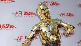 映画「スター・ウォーズ」シリーズの登場するロボット=AP