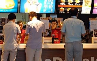 中国のマクドナルドはOSIグループとの取引停止で提供できるメニューが大幅に減った(上海市)