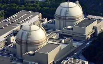 原発再稼働が進まず火力発電所向け燃料費が膨らんだ(福井県おおい町の大飯原発)=共同