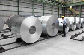 新日鉄住金が13年に稼働させたタイの自動車用鋼板工場(ラヨーン県)