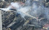 爆発事故があった新日鉄住金名古屋製鉄所(9月3日、愛知県東海市)=共同