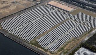 東京電力の扇島太陽光発電所(川崎市川崎区)