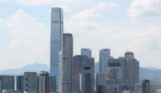 上海・香港市場の相互取引が10月から始まることで、海外マネーが流入するとの期待感が強い(香港・九龍地区)