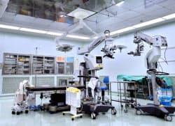 iPS細胞を使った世界初の臨床研究として目の難病患者に手術を実施した先端医療センターの手術室(神戸市)