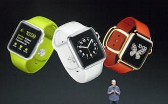 9月9日の新製品発表会で腕時計型端末「アップルウオッチ」を発表したクックCEO(米クパチーノ市)。