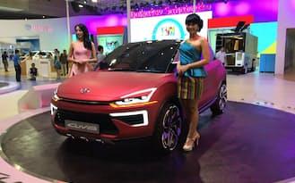 インドネシア国際モーターショーでダイハツが出展したクロスオーバー車(筆者撮影)