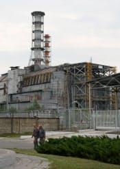 原発全体を覆うシェルターの建設が本格的に始まったチェルノブイリ原発4号炉(ウクライナ)
