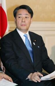 海江田代表は「建設的野党」の道を模索する(26日、民主党代議士会)