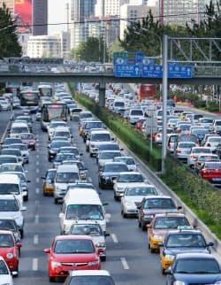 中国は車の輸入関税を下げる