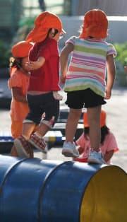 待機児童数は3年連続で減少したが…(都内の保育園)