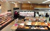 イオンは総菜売り場などを拡充する(マックスバリュ北海道の店舗)