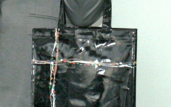 セゾンファクトリーと佐藤繊維が共同開発したトートバッグ