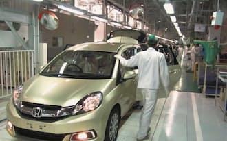 インドネシアで1月に稼働した新工場は、小型ミニバンを生産する(ジャカルタ郊外のカラワン)