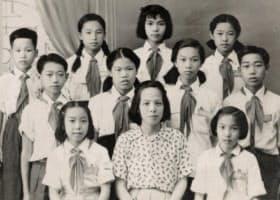 前列の中央が陳先生、2列目の左端が筆者(中国広東省スワトー)