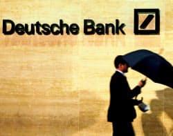 ドイツ銀は制裁金の支払いに伴い、2016年10~12月期に11億7000万ドルの費用を計上する=ロイター