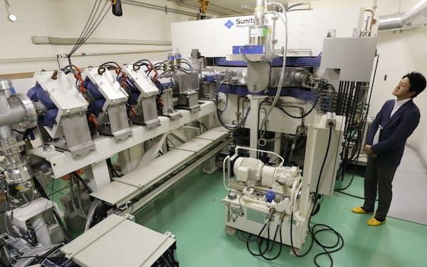 BNCT向けに中性子を発生させる加速器(大阪府熊取町の京都大学原子炉実験所)