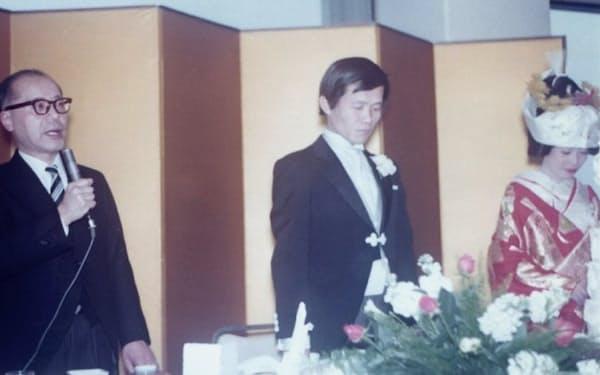 神戸大学大学院修士課程の恩師、永田先生(左)は妻を紹介してもらった恩人でもある