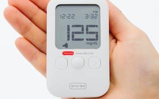 手のひらサイズで手軽に血糖値を測定できる
