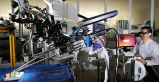 リバーフィールドが開発する手術支援ロボットは医師に触感を伝える(東京都新宿区)