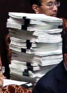 財務省が森友文書の「原本」として提示した写し(8日)