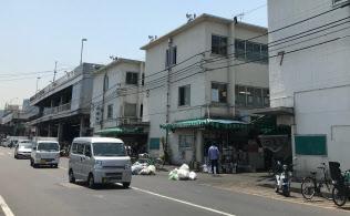 築地市場内には建物が多く、解体時に大量の廃材が発生する