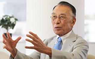 多摩大学や宮城大学の創設に関わった野田一夫氏(写真)に聞きに行った
